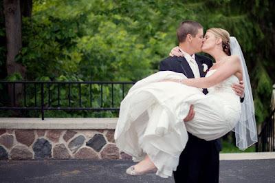 Poses para fotos de MATRIMONIO que debes hacer