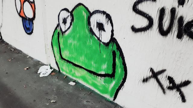Project 365 2017 day 278 - Graffiti // 76sunflowers