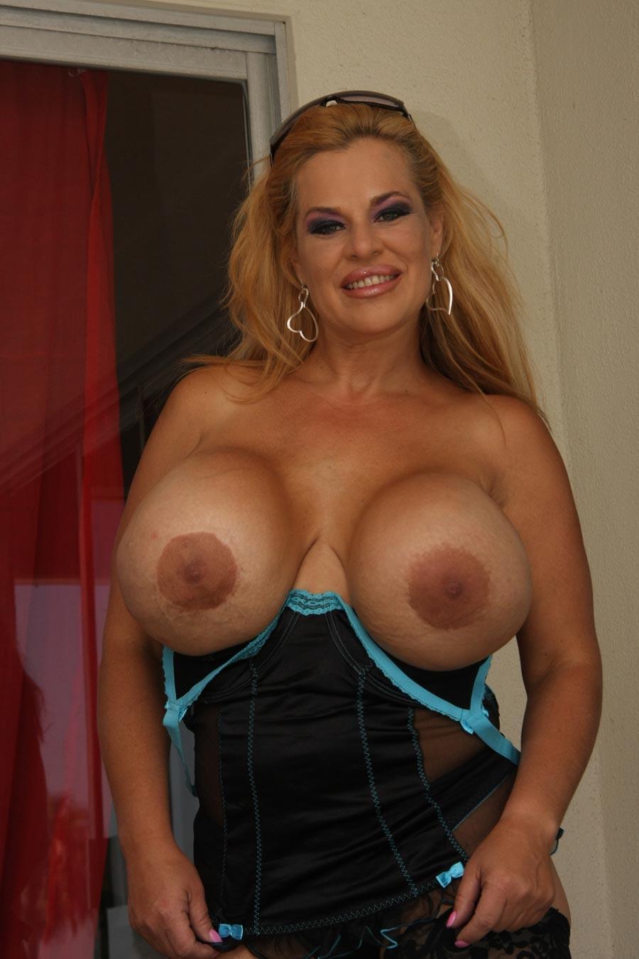 Have advised Mistress busty deelite
