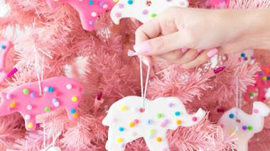 Cómo decorar tu árbol con objetos DIY inesperados ¡Y casi siempre gratis!