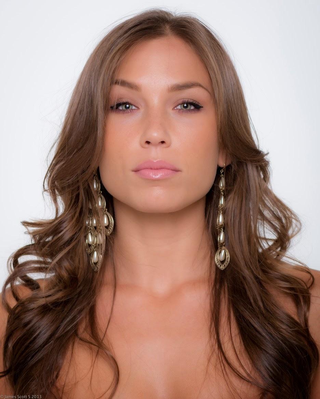 Nicole Mejia naked