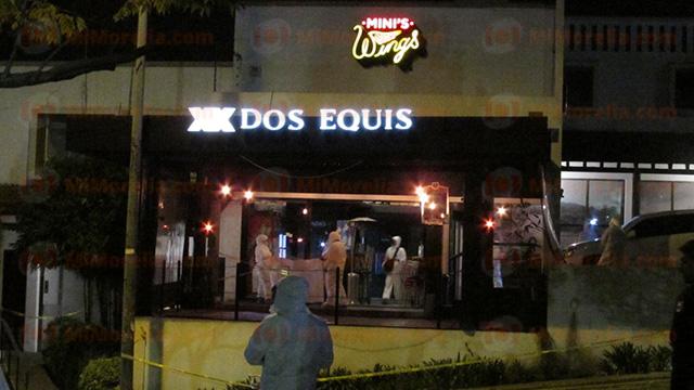 Ejecutan a dueño de negocio de alitas en Morelia; hay un sobreviviente