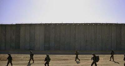 Membangun Tembok Perbatasan Dengan Meksiko dan Biaya Seluruhnya Ditanggung Meksiko, tembok perbatasan trump, tembok perbatasan meksiko amerika