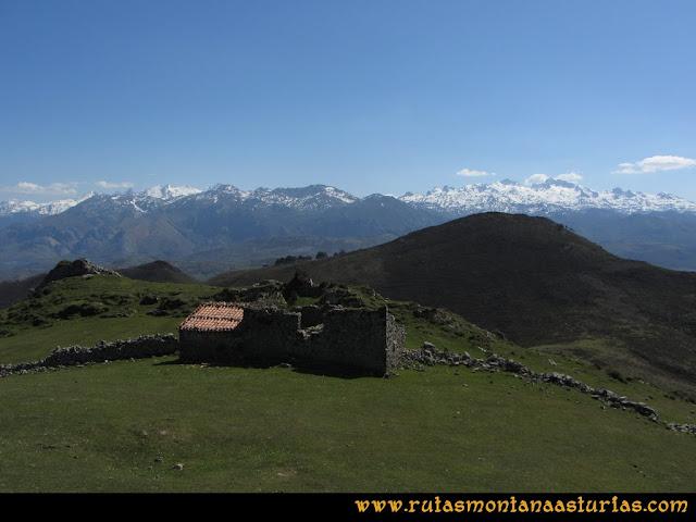 Ruta Ardisana, pico Hibeo: Cabaña