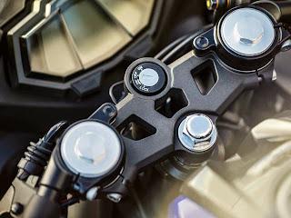 Yamaha YZF R125 Model History