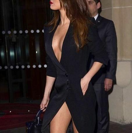 Selena Gomez mostra demais