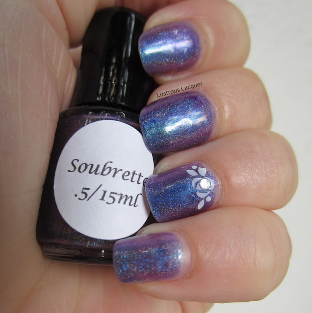 Darling-Diva-Soubrette-Mulit-Chrome-Linear-Holographic