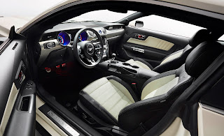 Kabin Mobil Ford Mustang
