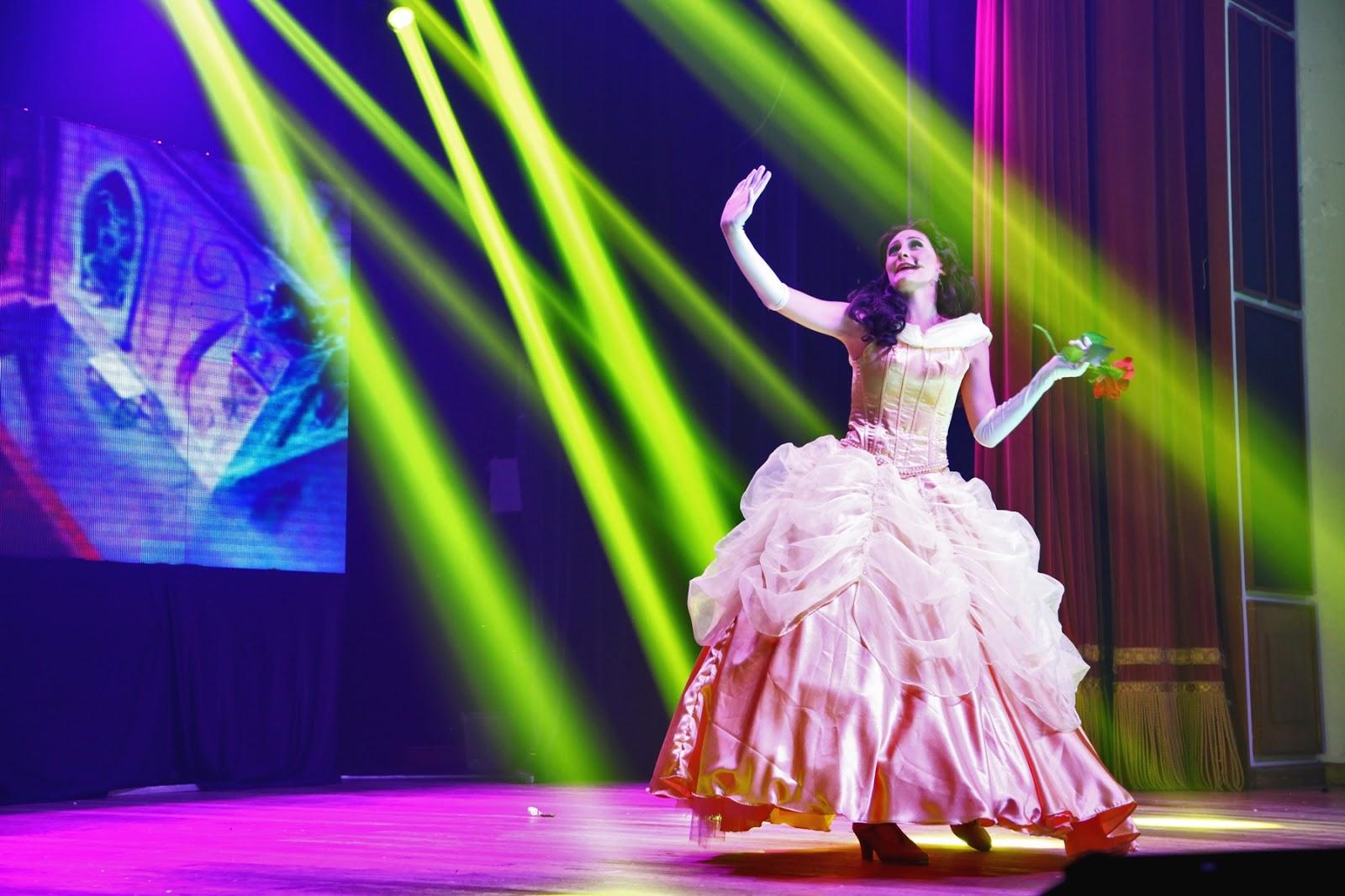 """95fbbf787f9cb O espetáculo infantil """"Príncipes   Princesas – O Show"""" chega a Curitiba no  próximo domingo, para levar a criançada ao universo da Disney."""