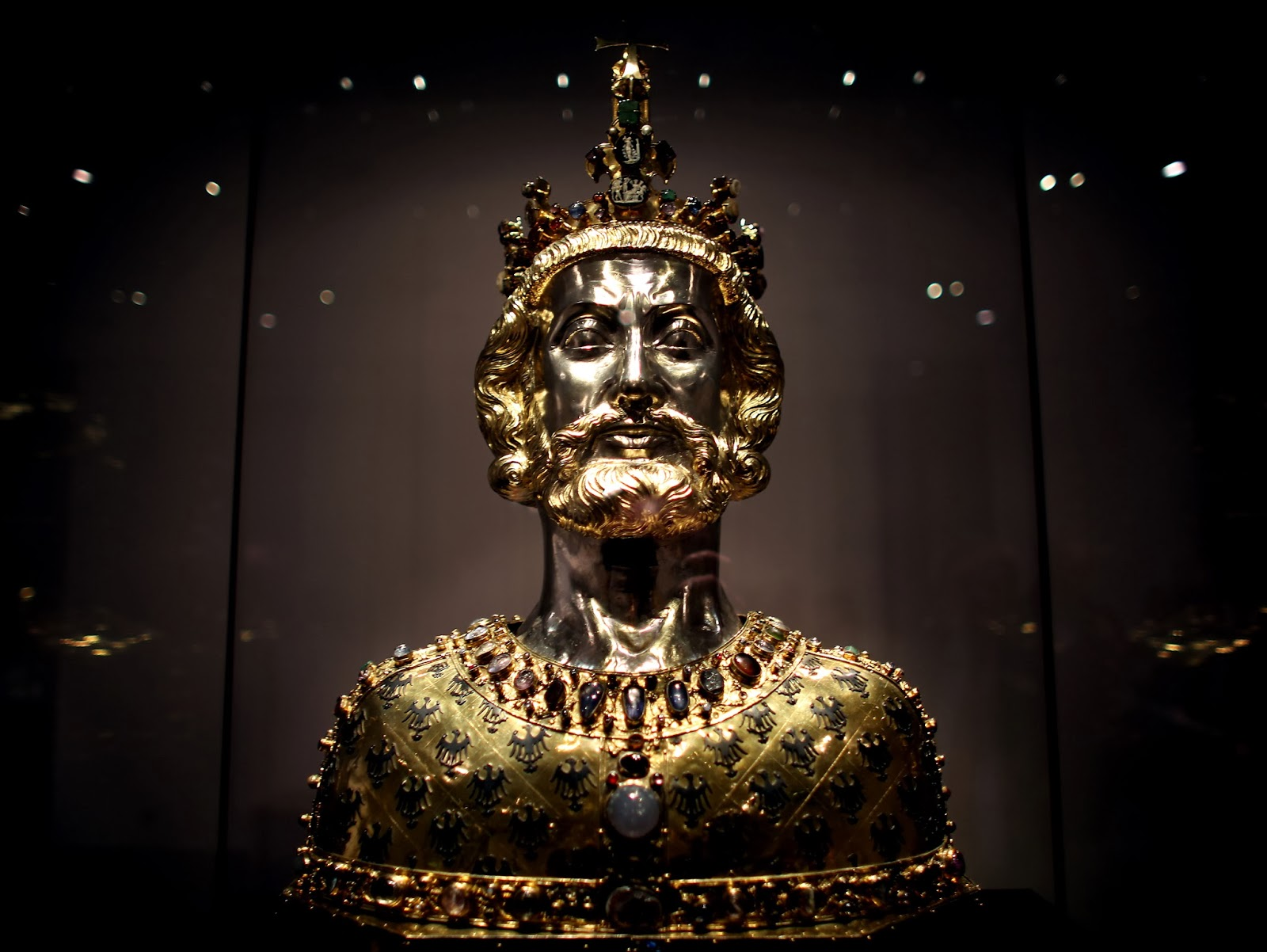Charlemagne's bones are (probably) real