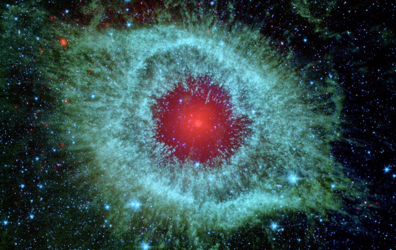 Wallpaper Nebulosa de Hélix NGC 7293
