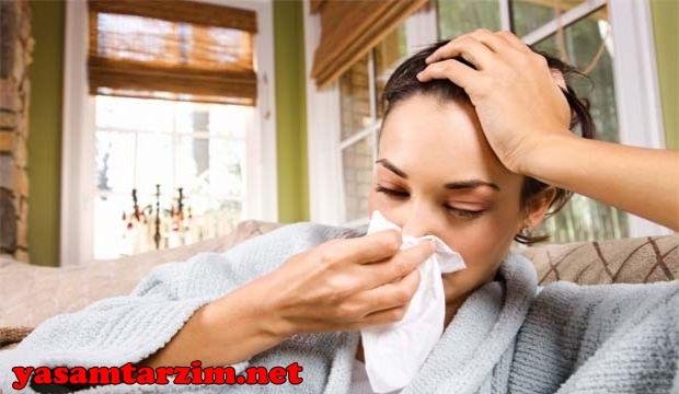 Gebelikte gribe yakalanma riski normal zamanlara nazaran daha yüksektir çünkü gebelik döneminde bağışıklık sisteminde düşüşler yaşanıyor. Hamilelikte grip nasıl geçer?