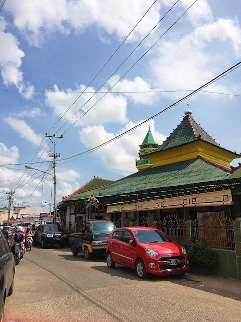 masjid besar al-mahmudiyah ilir kota palembang