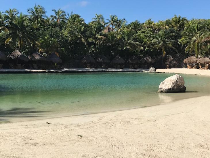 Xcaret-Riviera-Maya-Mexico-Vivi-Brizuela-PinkOrchidMakeup