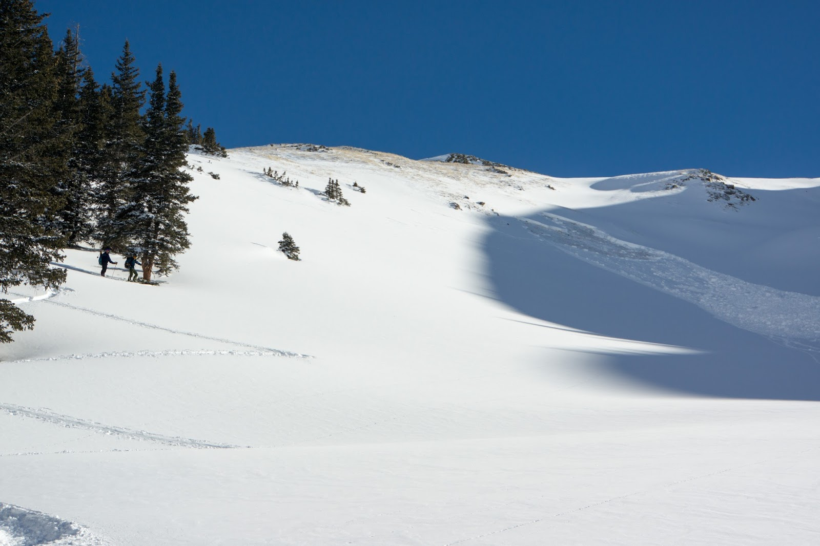 remote trigger of persistant slab avalanche triggered from 20 degree slope up to a 35 degree slope carry your slope meter and practice guessing slope