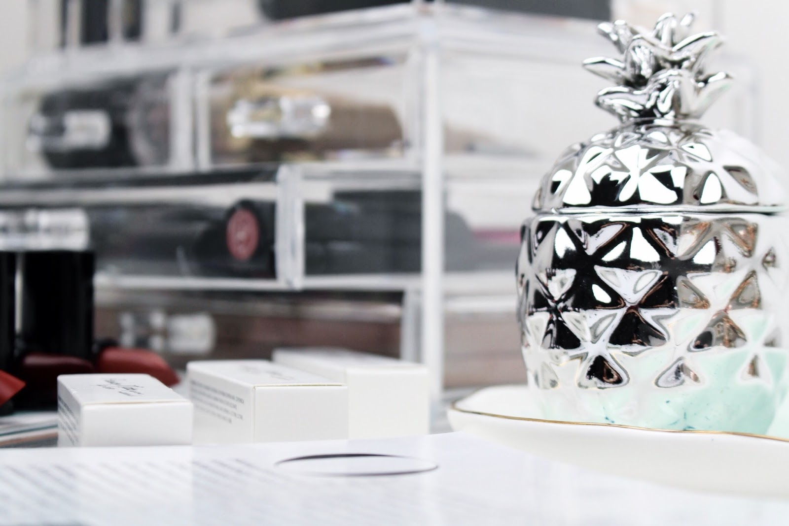 H&M home silver pineapple candle