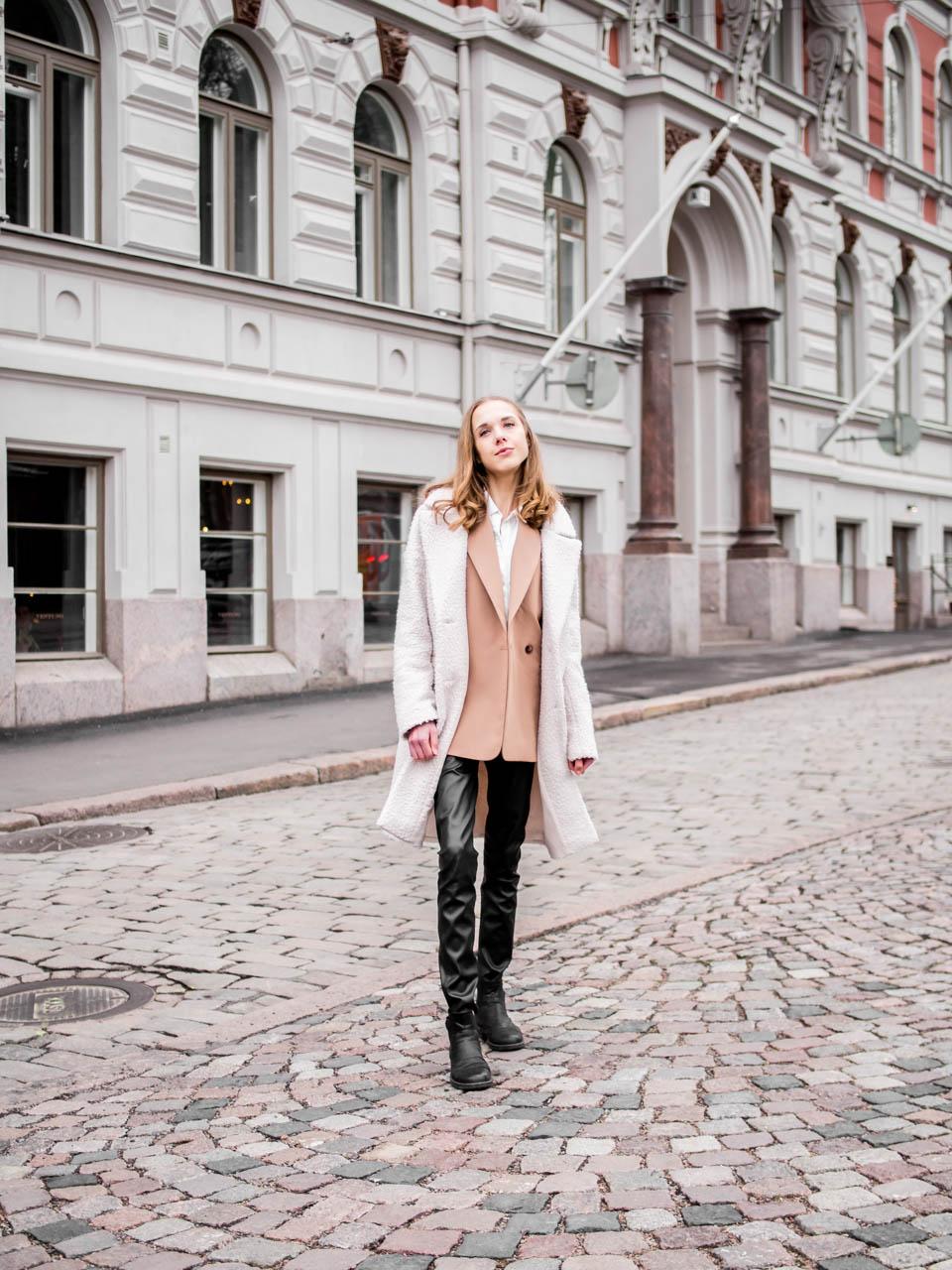 Fashion blogger streetstyle Helsinki, Finland - Muoti, pukeutuminen, bloggaaja, Helsinki