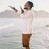 """Rashid libera o videoclipe de """"Pés na Areia (Promessas)"""" com Godô; confira"""