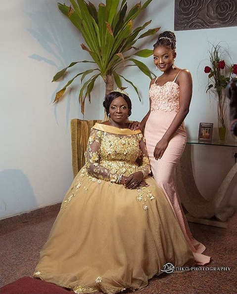 Simis-mother-gets-married