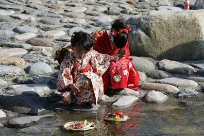 เทศกาลฮินะ (Hina Matsuri / Hina Festival) @ www.villagehiker.com