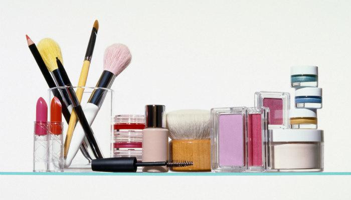 http://www.encasadeoly.com/2018/01/como-retocar-un-producto-para-satisfacer-nuestras-necesidades-de-belleza.html