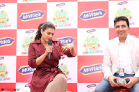 Kajol Looks super cute at the Launch of a New product McVites on 1st April 2017 16.JPG