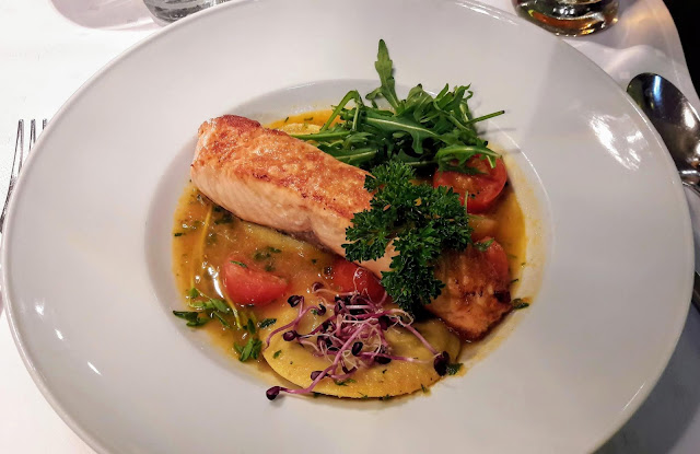 Want to eat salmon choose restaurant ruben in Budapest Hungary