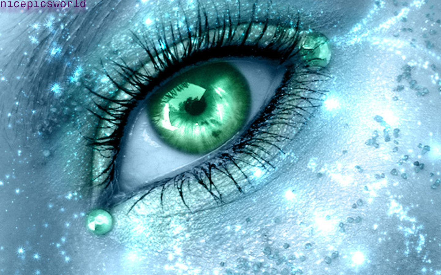 Pictures World: Beautiful Eyes Wallpapers