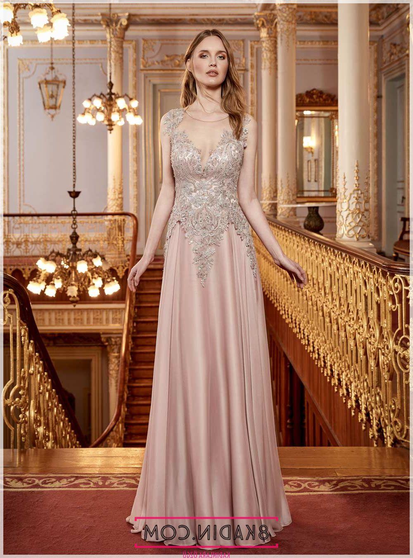 18b8dbea9a251 ... yer vererek tesettür abiye modellerinde zarafeti yansıtıyor. Balo  elbiselleri, balo için abiye elbise modelleri için Roman Online satışı  ziyaret edin.