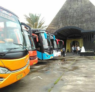 Sewa Bus Sragen Tujuan Wisata Cafe Piramid Parang Tristis Jogja