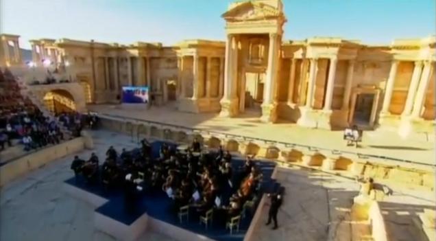 Virtuosos músicos rusos obsequian con un concierto en anfiteatro de Palmira
