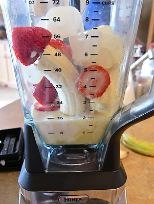 These are the best strawberry bananas n' creme fruit smoothies and so easy to make with only five ingredients. They are a healthy frozen desert alternative. #womenlivingwell #strawberries #smoothies #dessert