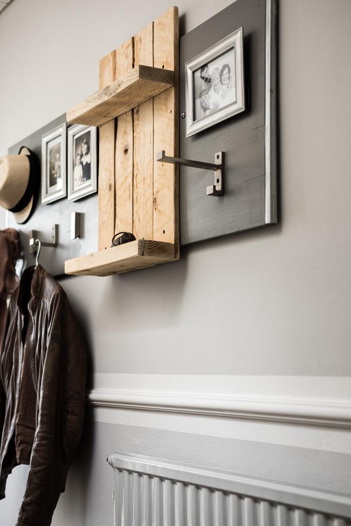 fim.works | Lifestyle Blog | Flur im New Hampshire-Look: Garderobe aus Palettenholz und einer Schaltafel, DIY