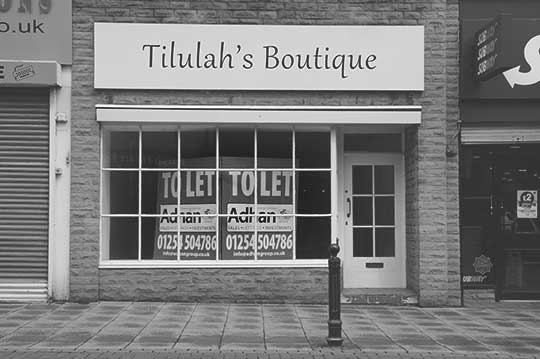 black and white photography, shut shops, up North, England, To Let, contemporary, photos, Sam Freek,