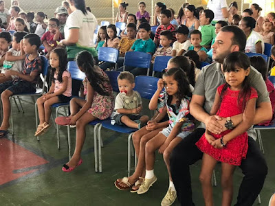 MAX DE ZÉ DE TOINHO PARTICIPA DE EVENTO DA PÁSCOA NA ESCOLA ALAÍDE MENEZES.