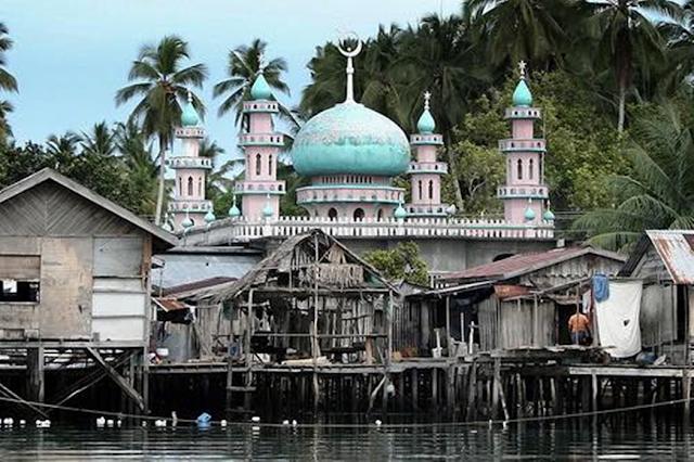 Beautiful Masjid In The Philippines Tandubanak Sibutu Island Image