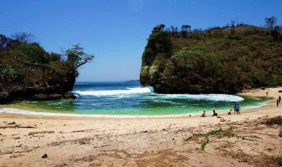 Pantai wedi Klopo Malang