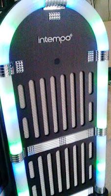 Intempo Jukebox Wireless Radio Speaker With Disco Light ...