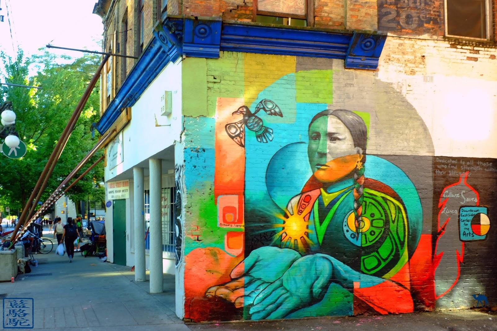 Le Chameau Bleu - Peintures Murales de Vancouver