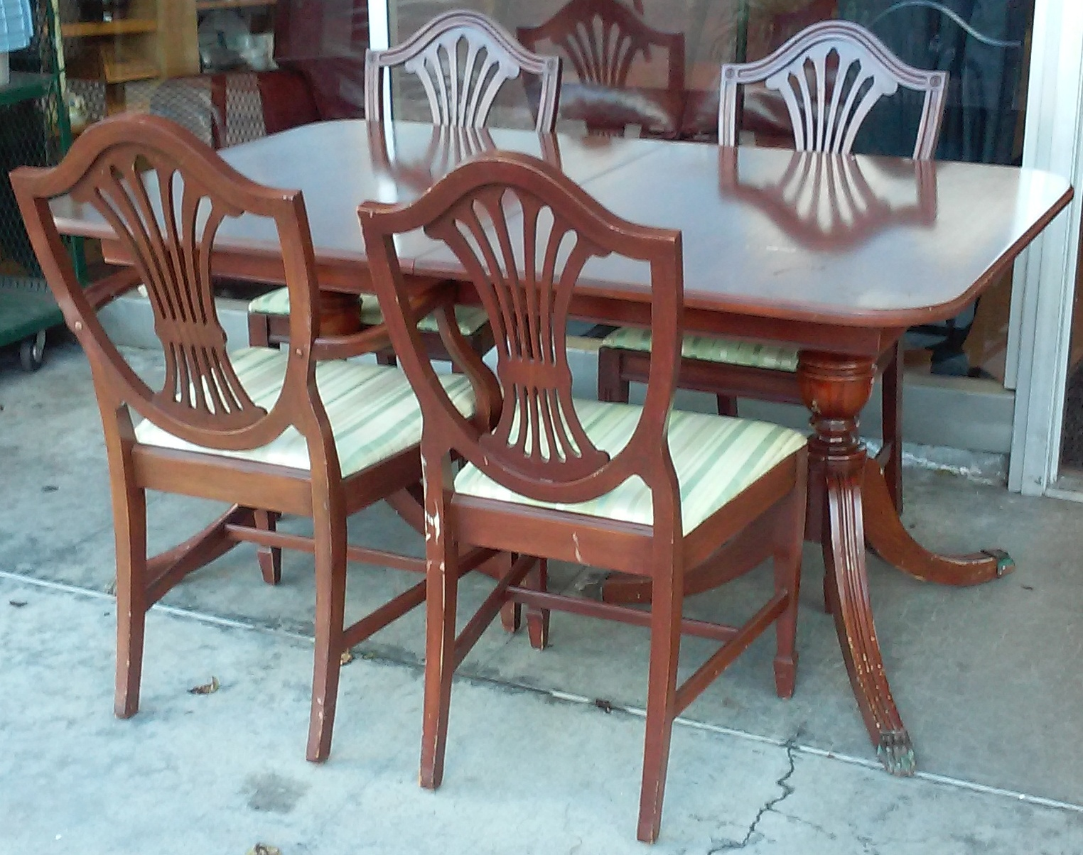 UHURU FURNITURE COLLECTIBLES SOLD Duncan Phyfe Dining Set Table Leaf