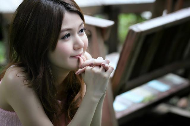 Hot - Sexy Thi Girl Thai-Lao Idol Cute  Girl Nude-2012