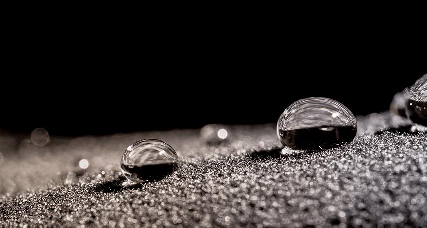 Las superficies super-repelentes pueden generar energía