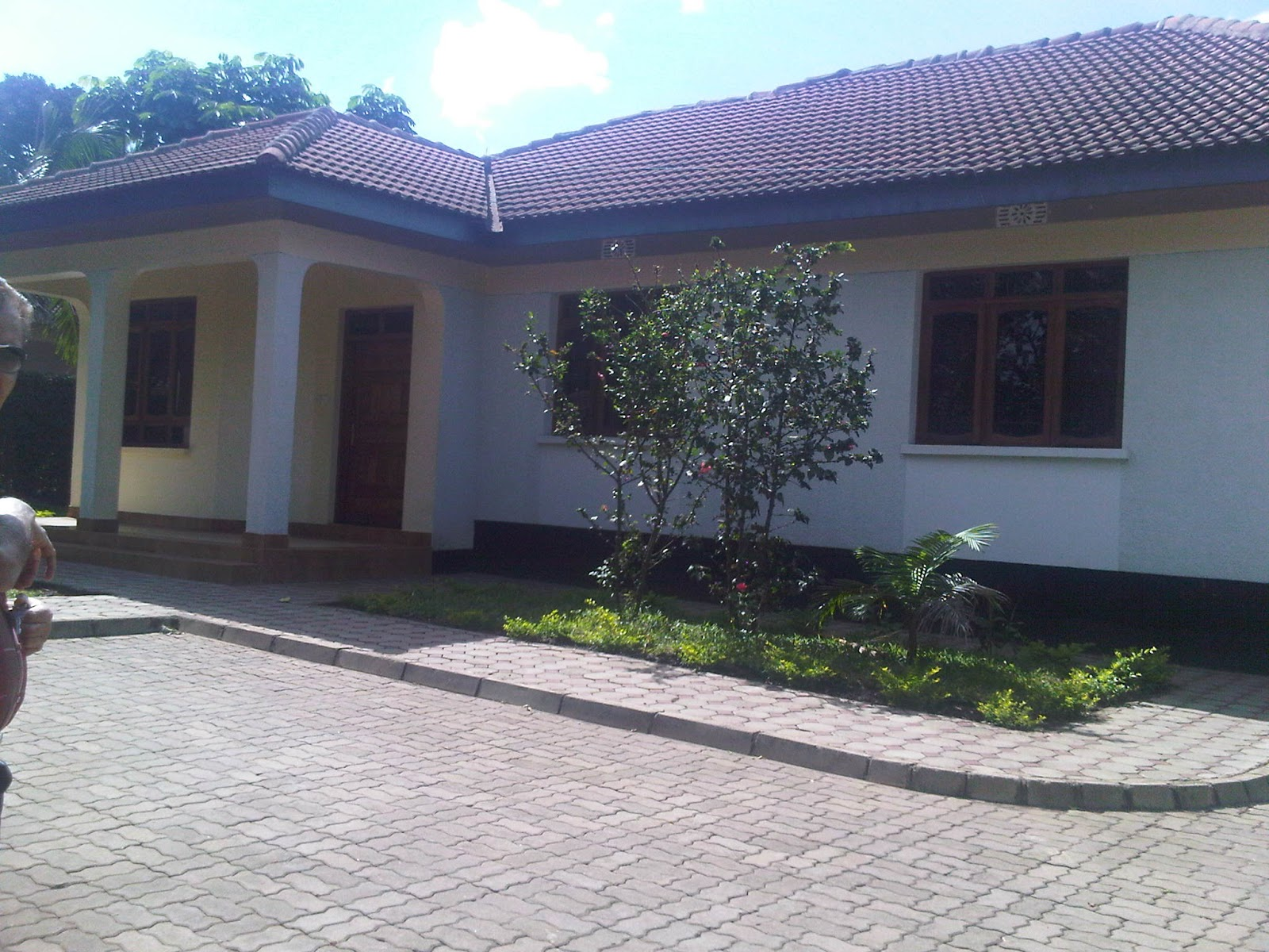 Rent house in tanzania arusha rent houses houses for sale for Decoration za nyumba