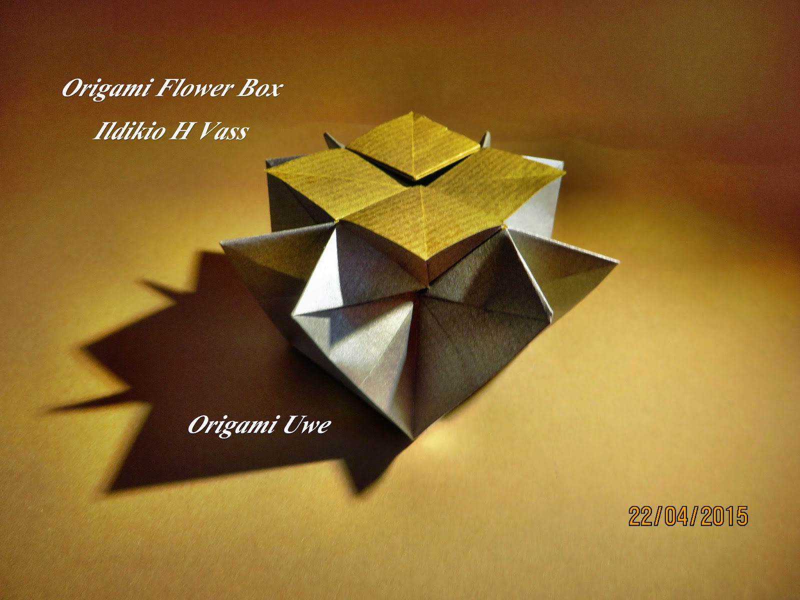 Origami, Fleurogami und Sterne: Origami Flower Box - photo#11
