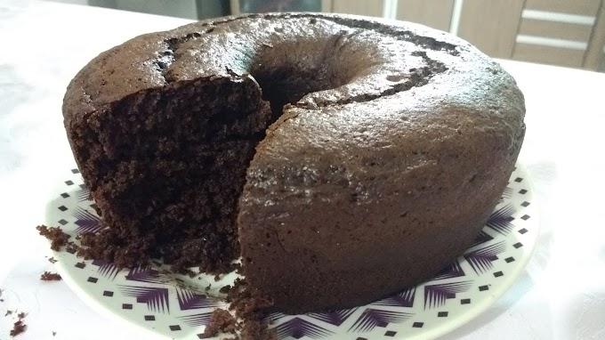 Receita: Bolo de Chocolate no liquidificador - Comida Arretada