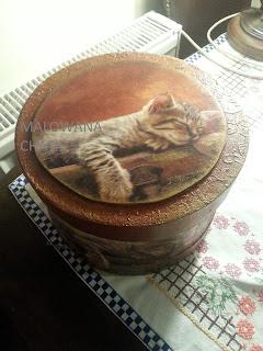 Okrągłe pudełko KOT dla Karoliny ze Stargardu:)