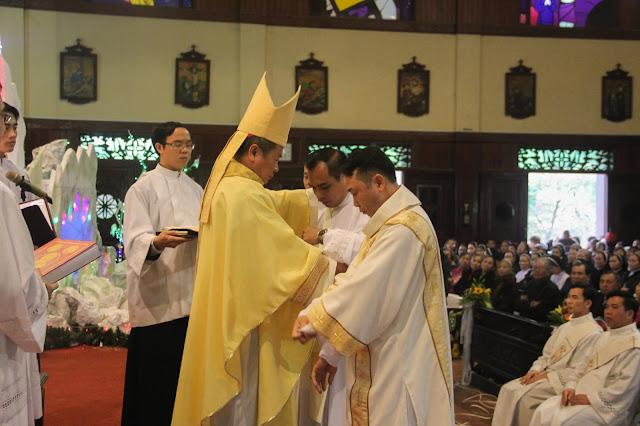 Lễ truyền chức Phó tế và Linh mục tại Giáo phận Lạng Sơn Cao Bằng 27.12.2017 - Ảnh minh hoạ 132