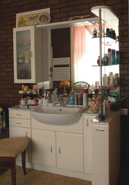 Susun atur ruang dapur gaya mewah  oH rOjaK