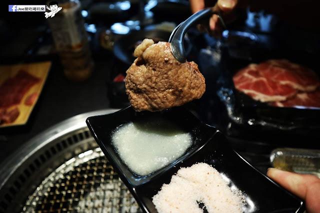 IMG 8785 - 【熱血採訪】肉多多 - 超市燒肉,三五好友一起來採購,想吃甚麼自己拿,現拿現烤真歡樂! 產地直送活體海鮮現撈現烤、日本宮崎5A和牛現點現切!
