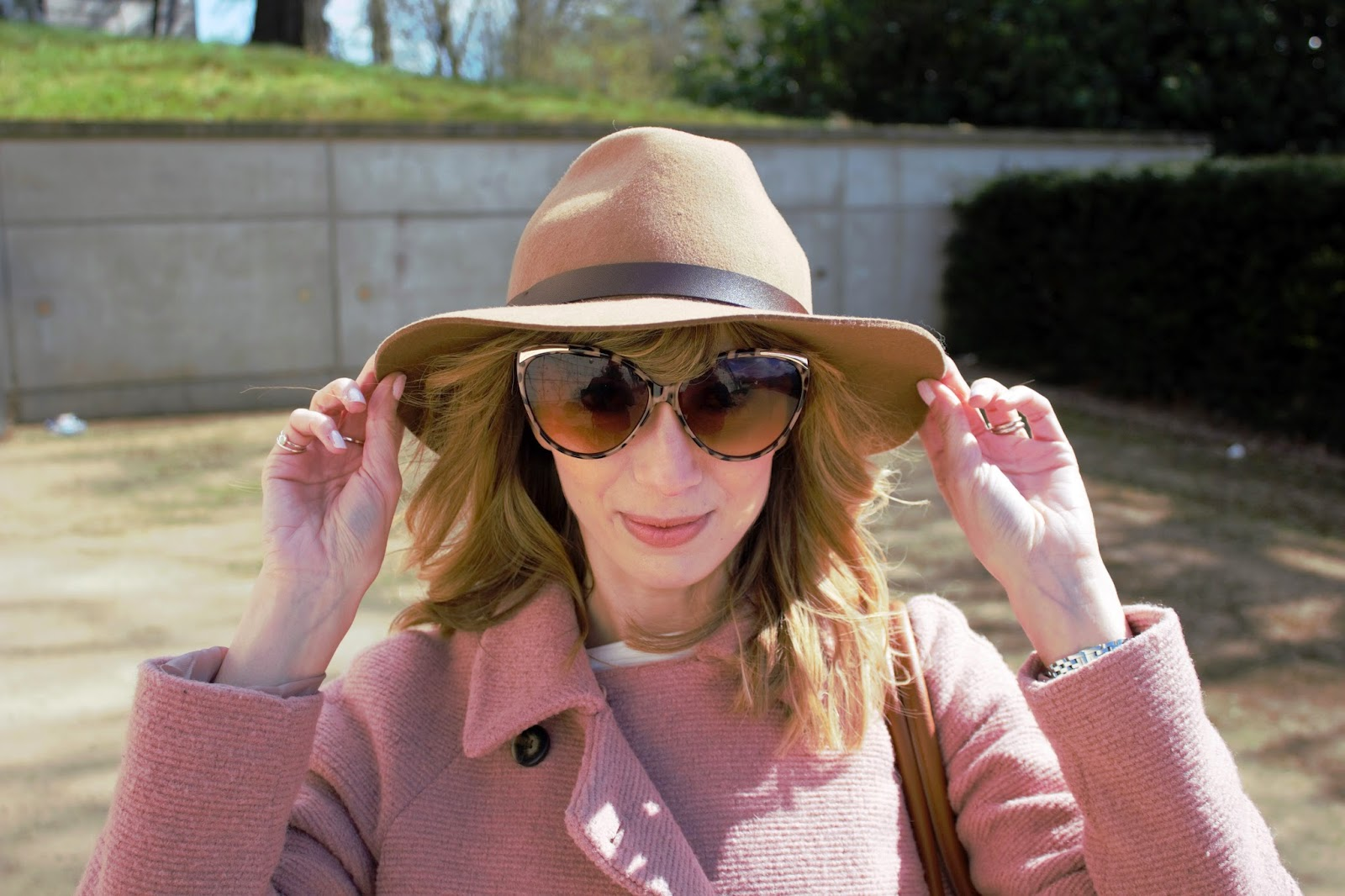 H&M hat and River Island sunglasses